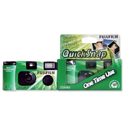 Fujifilm Superia 400 Disposable Camera Preloaded Fujicolour Film 400 Speed Ref P10GDE0109A