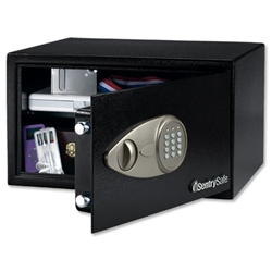 Sentry X105 Security Safe Electronic Lock 4mm Door 2mm Walls 10.9kg 27.7 Litre Ref X105